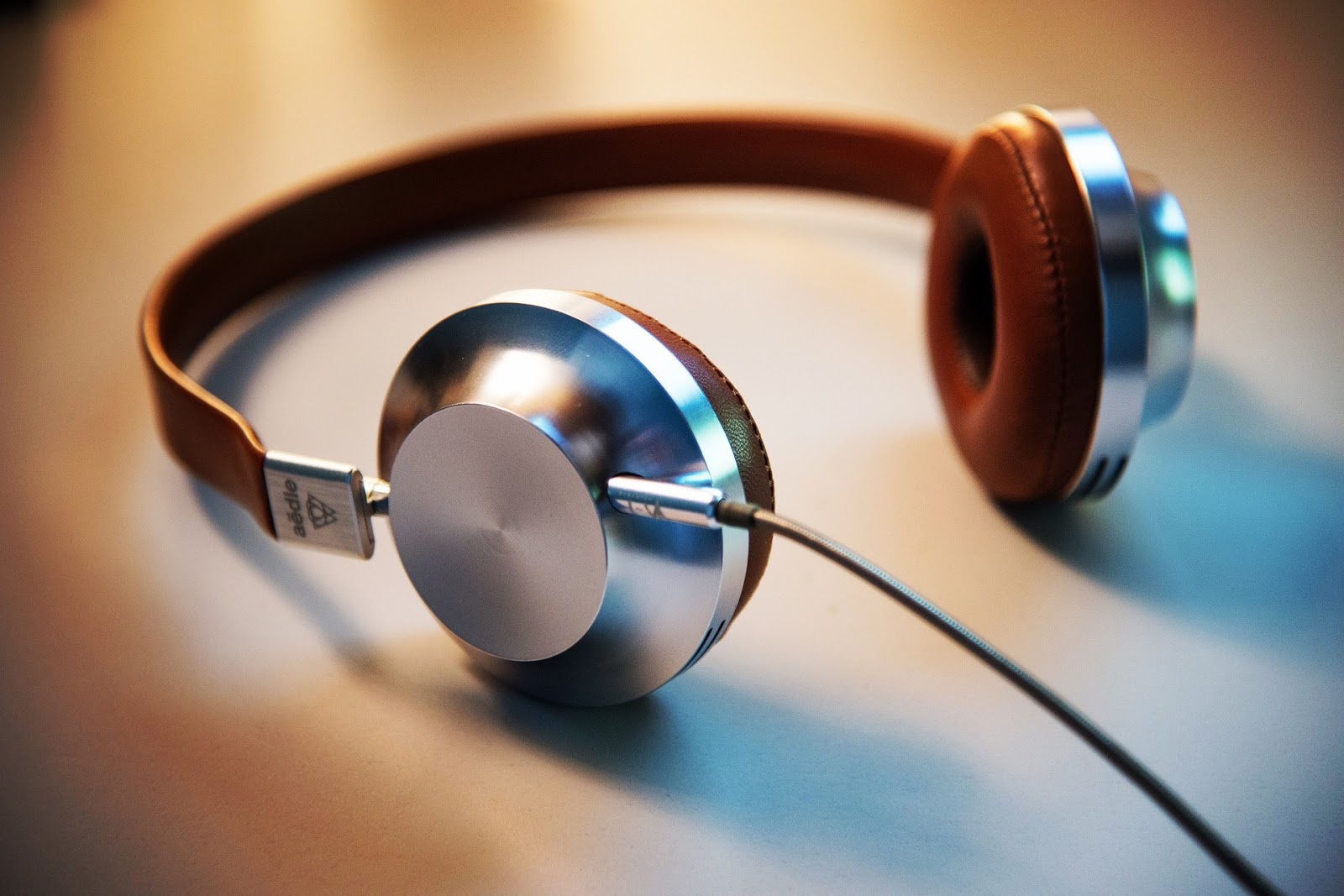(What Kind of Music Best Fits Your Condo Playlist. Source: Pixabay)